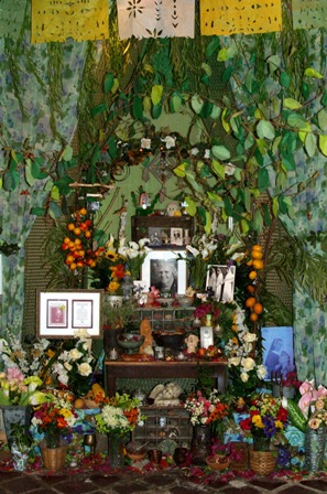 rsz81-b-karens-altar